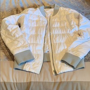 White athleta women's jacket